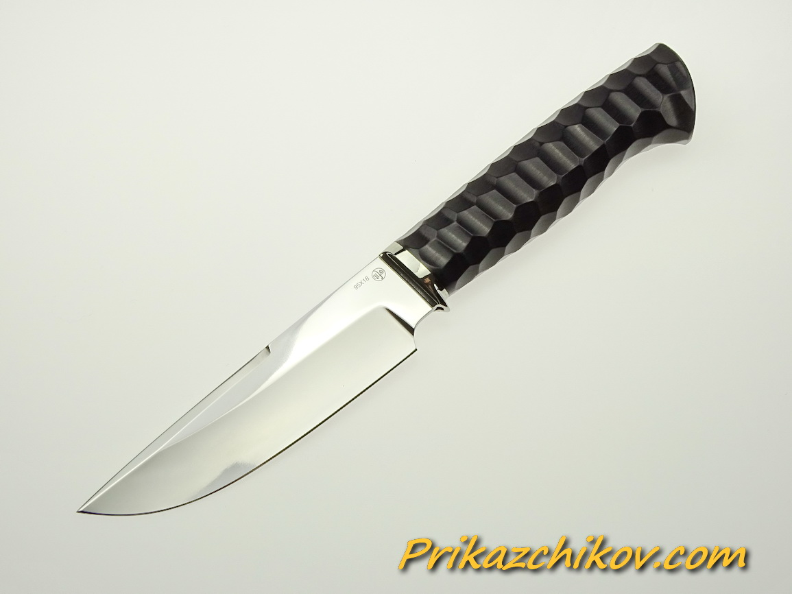 Нож из стали 95х18 (рукоять из тонированного граба, литьё из мельхиора) N 36