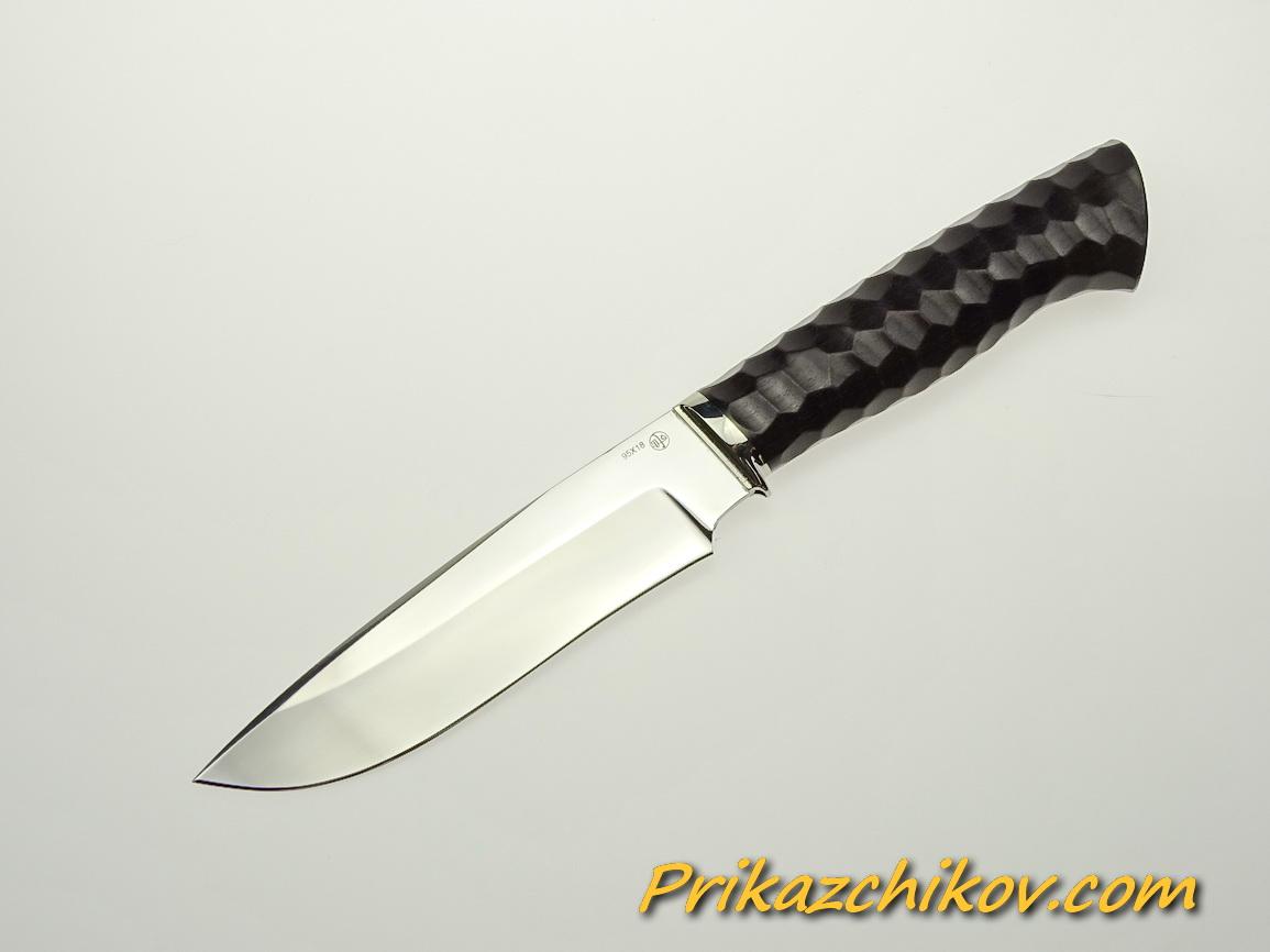 Нож из стали 95х18 (рукоять из тонированного граба, литьё из мельхиора) N 41