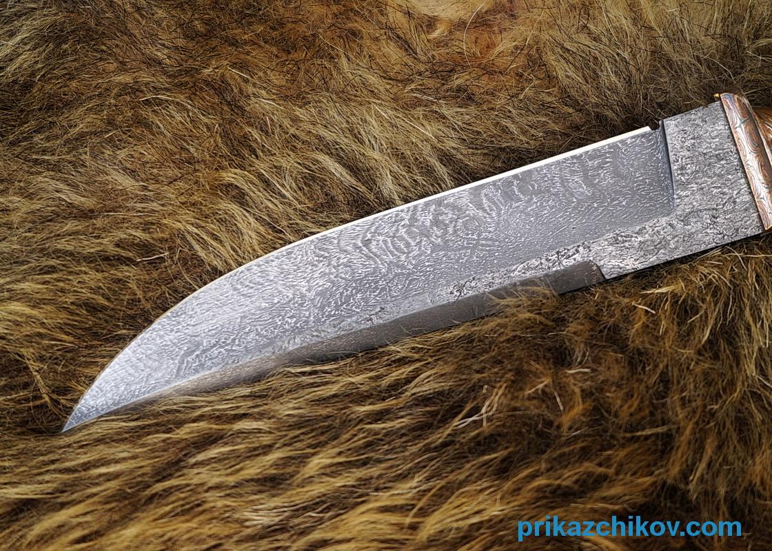 авторский нож из тигельного булата охотник